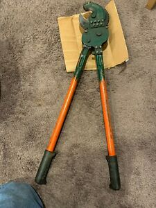 Klein Tools 63700 Heavy Duty Ratchet Cable Cutter shear Cut 28 Used