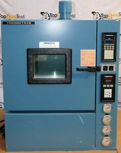 Thermotron Industries S 1 2c Temperature Chamber Oven Controller Window 115 1 60