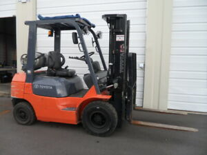 Toyota 4000lb Pneumatic Forklift Only 1845 Hours Positioners Side Shift Arizona