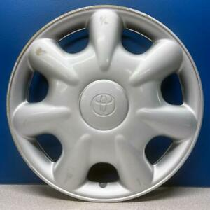 One 2000 2002 Toyota Echo 61107 14 7 Spoke Hubcap Wheel Cover 4261152010