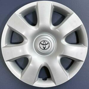 One 2002 2004 Toyota Camry 61115 15 7 Spoke Hubcap Wheel Cover 42621aa080