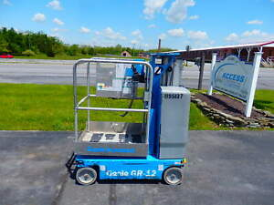 2011 Genie Gr 12 Personal Runabout Aerial Work Platform Single Man Lift Gen18215