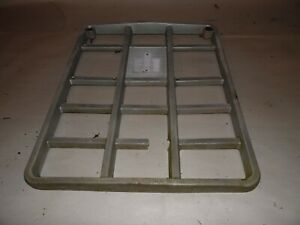 1975 International 464 Tractor Grill Insert Cracked And Has Piece Missing