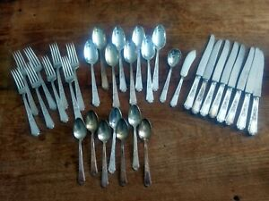 1847 Rogers Bros Ancestral Pattern Silver Plate Flatware 33 Pieces