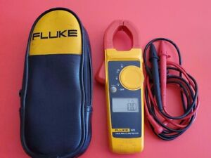 True Rms Clamp Meter With Fluke Leads Fluke 323 Electricians W case