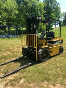 Daewoo 5000 Lb Forklift With Side Shift Triple Mast Fork Lift Daewoo Pneumatic