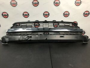 2015 2016 Ford Expedition Front Lower Bumper Grille Oem W Chrome