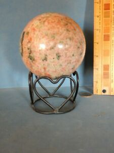 Heart Design Small Black Metal Display Stand For Sphere Ball Rock Candle