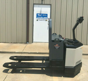 Crown Pw3520 60 Electric Pallet Jack 5936 Hours