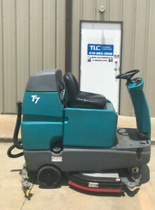 2016 Tennant T7 Rider Floor Scrubber Disk 32 Cleaning Path 3713 Hours