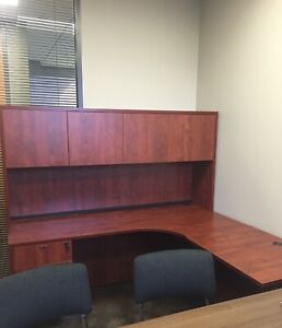 71 X 71 L Shaped Desk With Hutch Retail 1415