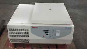 Thermo Iec Cl40r Refrigerated Centrifuge W Rotor Buckets Inserts