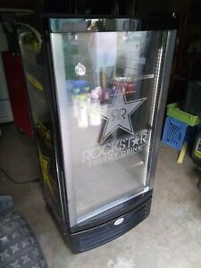 Idw Beverage Cooler Glass Door Display Refrigerator Merchandiser Gcg 10