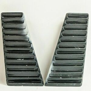 1967 1968 Ford Mustang Fastback Quarter Panel Side Air Vent Louver Pair Original