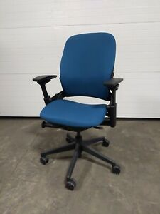 Steelcase 46216179 Leap Upholstered Work Office Desk Chair In Royal Blue
