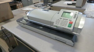 Neopost In 600 Series Tabletop Mail Postage Mailing Machine Feeder sealer Scale