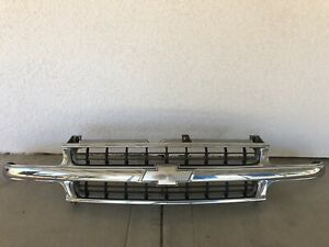 Grill For Chevrolet Tahoe 2000 2006 Oem Stock