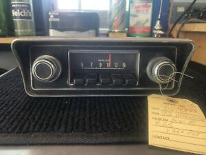 1972 Maverick Am Push Button Radio With Faceplate And Knobs