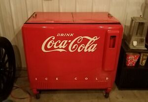 Vintage Coca-Cola Cooler / Ice Chest - Restored to Excellent Condition