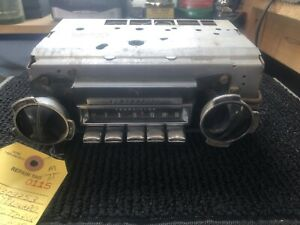 1968 Oldsmobile Toronado Am Push Button Radio With Knobs And Rear Fader