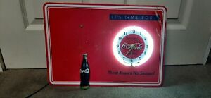 It's Time For Coca-Cola Wall Clock 2009 The Bradford Exchange #A2373