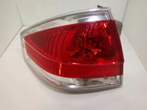 2008 09 10 11 Ford Focus Sedan Oem Left Driver Tail Light 44zh1965a