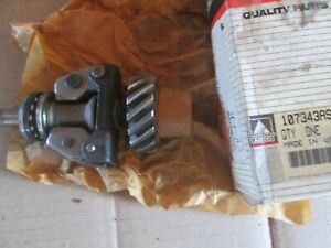 Oliver Tractor 550 1800 1850 Brand New Governor Shaft Weight Gear Assembly Nos
