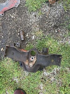 Ford 600 800 Tractor Front Axle Mount Bracket With Pin