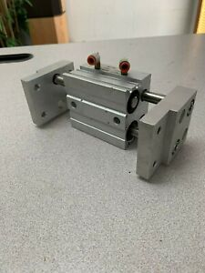 Smc Mhl2 25dz Pnuematic Cylinder Air Gripper 25mm Bore 25mm Stroke Used