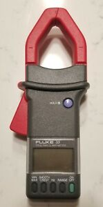 Fluke 33 True Rms Clamp Meter With Case And Second 902 Storage Case