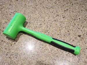 New Snap On Green 56 Oz Dead Blow Soft Grip Hammer Hbfe56g