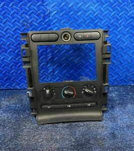 2009 Ford Mustang Oem Dash Trim Radio Bezel Surround A C Control Black