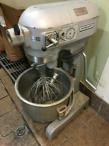 Hobart 20 Qt Mixer 3 Speed With Hook Wipe And Stainless Bowl