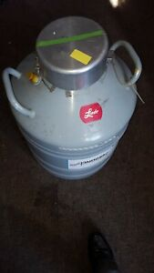 Union Carbide Cryogenics Type Uc 31 Liquid Nitrogen Dewar 31 liter rack Kiki
