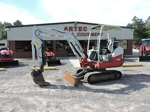2014 Takeuchi Tb230 Excavator Hydraulic Thumb Watch Video Only 1695 Hours