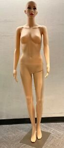 Full Body Female Mannequin Form With Base Plastic Full Body Dress Form