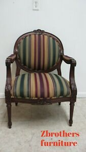 Baker Furniture French Carved Living Room Lounge Arm Club Chair