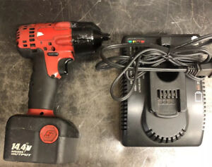 Snap On 14 4v 3 8 Drive Cordless Impact Wrench W Battery Charger See Descripti