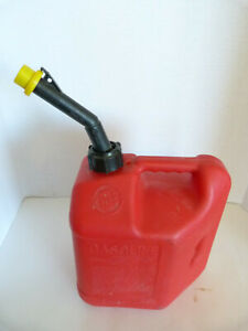 Pre ban 2 Gallon 8oz Blitz Self vented Gas Can Fuel Container Red 50810 W Cap