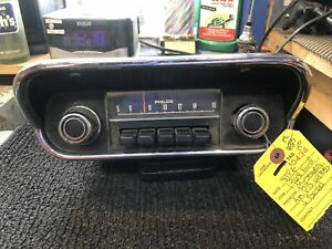 1968 Ford Mustang Am Push Button Radio With Bezel And Knobs
