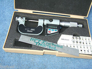 Thread Micrometer W 8anvils Mitutoyo 326 711 30 0 1 Ovr 900 When New Machinist