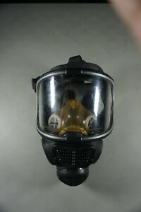 Scott Safety Promask 25 Full Facepiece Respirator Gas Mask Model 013021 Used