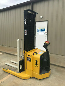 2009 Yale Walkie Stacker Walk Behind Forklift Straddle Lift Only 2645 Hours
