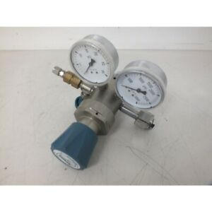 Airgas Y12 215a Pressure Regulator