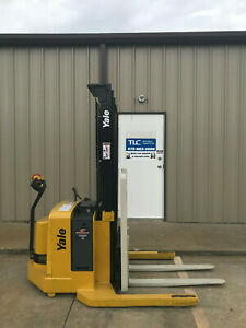 2008 Yale Walkie Stacker Walk Behind Forklift Straddle Lift Only 5486 Hours