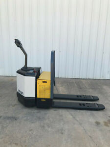 Crown Pw3520 60 Electric Pallet Jack Only 4774 Hours