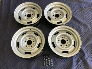 Set Of 4 1967 Chevy 15x6 Corvette Large Dc Rally Wheels Restored Lugs Stems