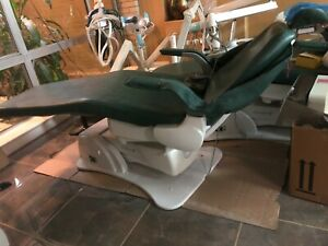 Belmont Dental Chair Xcaliber In Excellent Condition