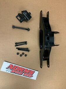 Mopar B E Body Transmission Cross Member 1970 72 Cuda Charger 4 Speed Automatic