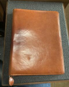 Day timer Vtg Genuine Leather Distressed Zippered Planner Cover Multi pockets